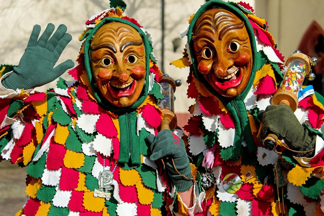 carnival-2092819_1280.jpg